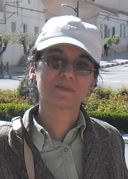 نادية بيروك